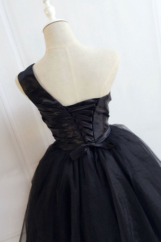 Cute Black One Shoulder Short Prom Dress, Black Tulle Homecoming Dress with Belt N901