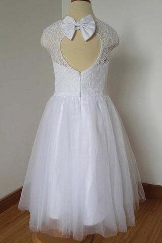 0553fc82535 White A Line Sleeveless Tulle Flower Girl Dress with Bow