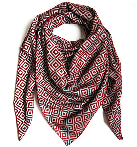 Signature ISHU Scarf in Original Red