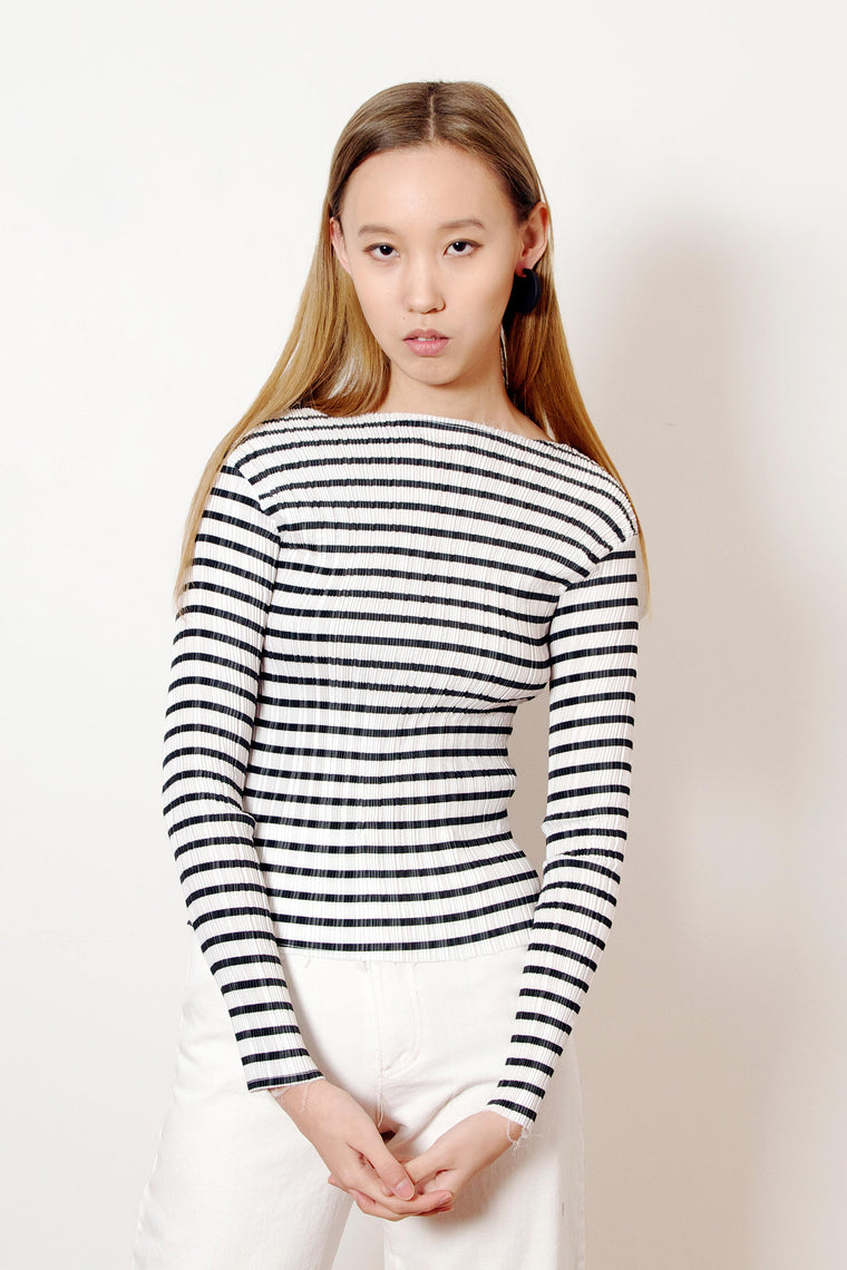 Pleated Boatneck Top (Black)