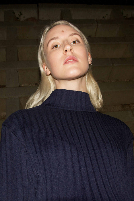 High-Neck Pleated Blouse (Navy)