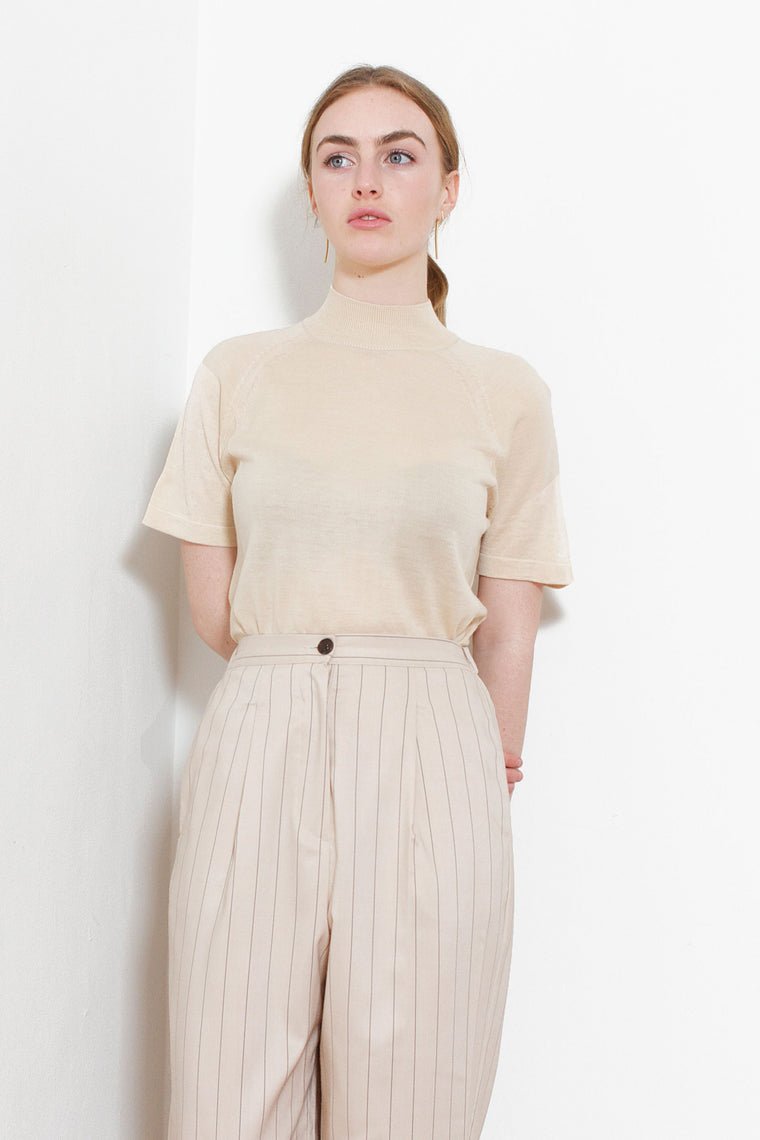 Half-Sleeve Knit Top (Beige)