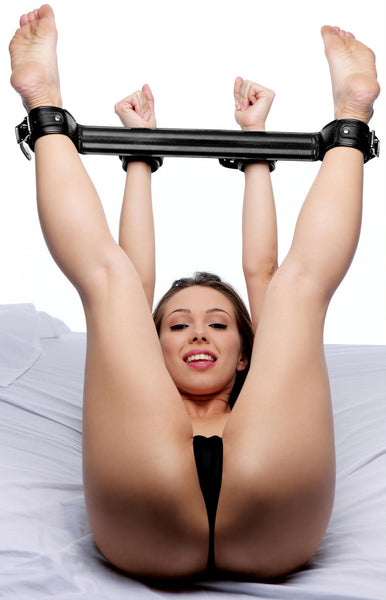 Premium Rigid Spreader Bar & Cuffs - Diddleworld.com - 1