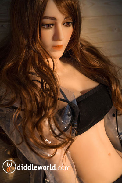Smooth Caroline - Life Size Fuck Doll - Diddleworld.com - 1