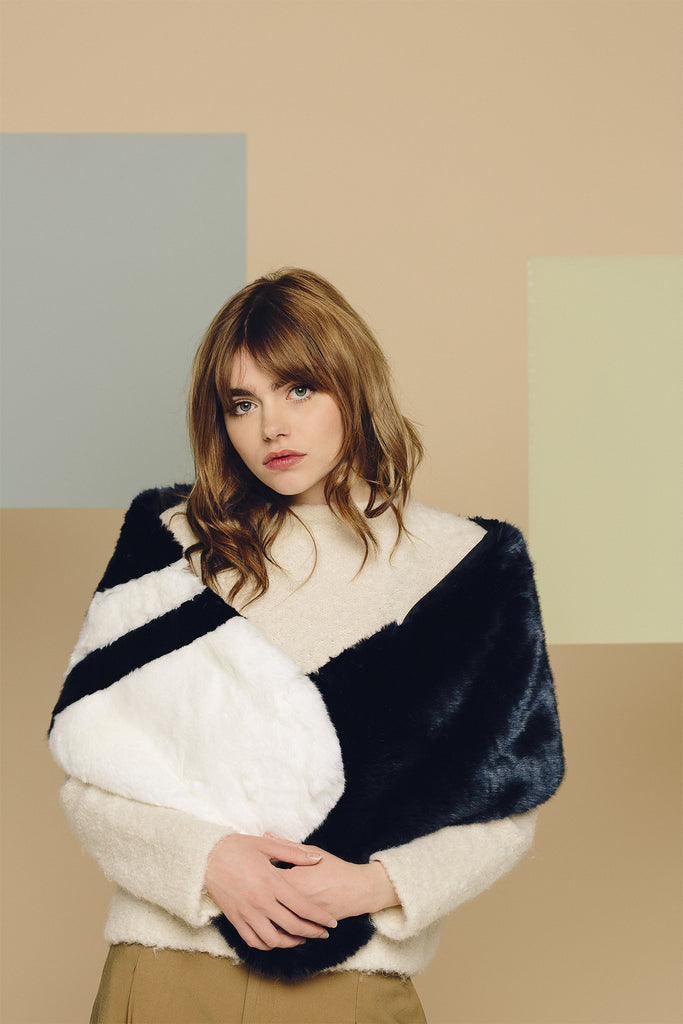 CARA - Navy & White Faux Fur Scarf