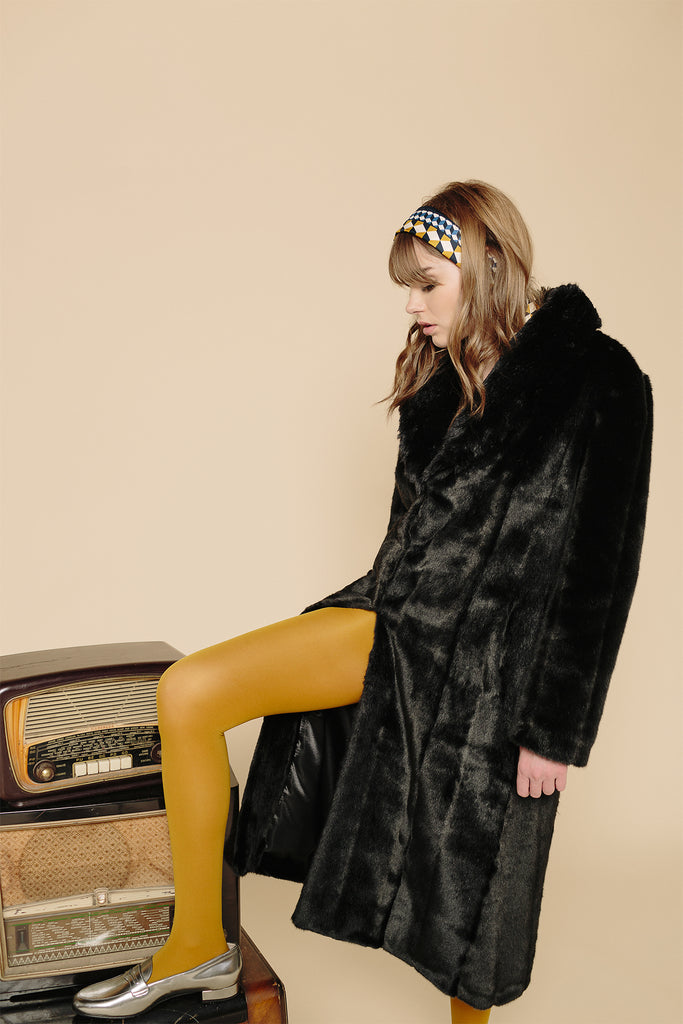 LÉA - Black Mink Faux Fur Coat