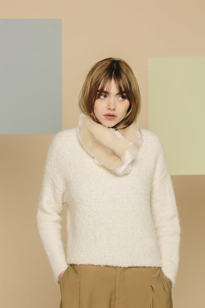 MAUDE - Beige Faux Fur Collar