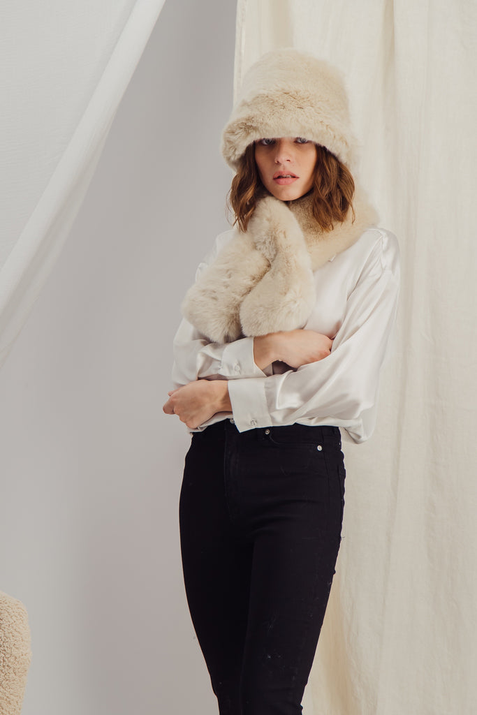 CLAUDE BOB - Sustainable beige faux fur Hat