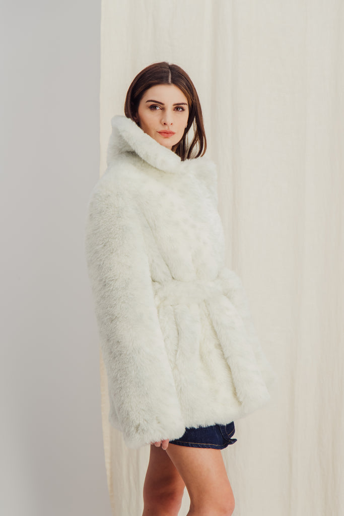 HELOISE - White Sustainable faux fur coat