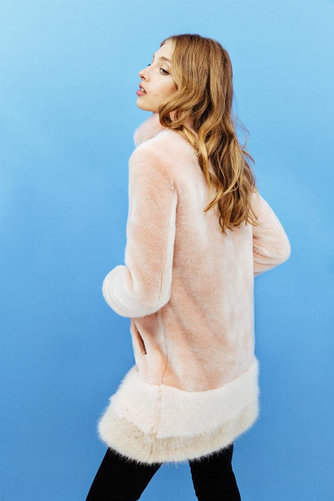 Victoria - Sweet Powder Pink Coat