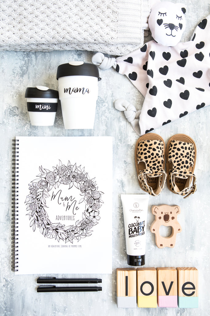 Blueberry Co Mum and Me Adventures // The best gift for the new mum in your life // Motherhood Journal // Mindful Parenting // Mum life // Perfect for single parents or the primary care giver // record all those every day moments like the park, playground, cafe as well as the big moments. www.blueberryco.com.au