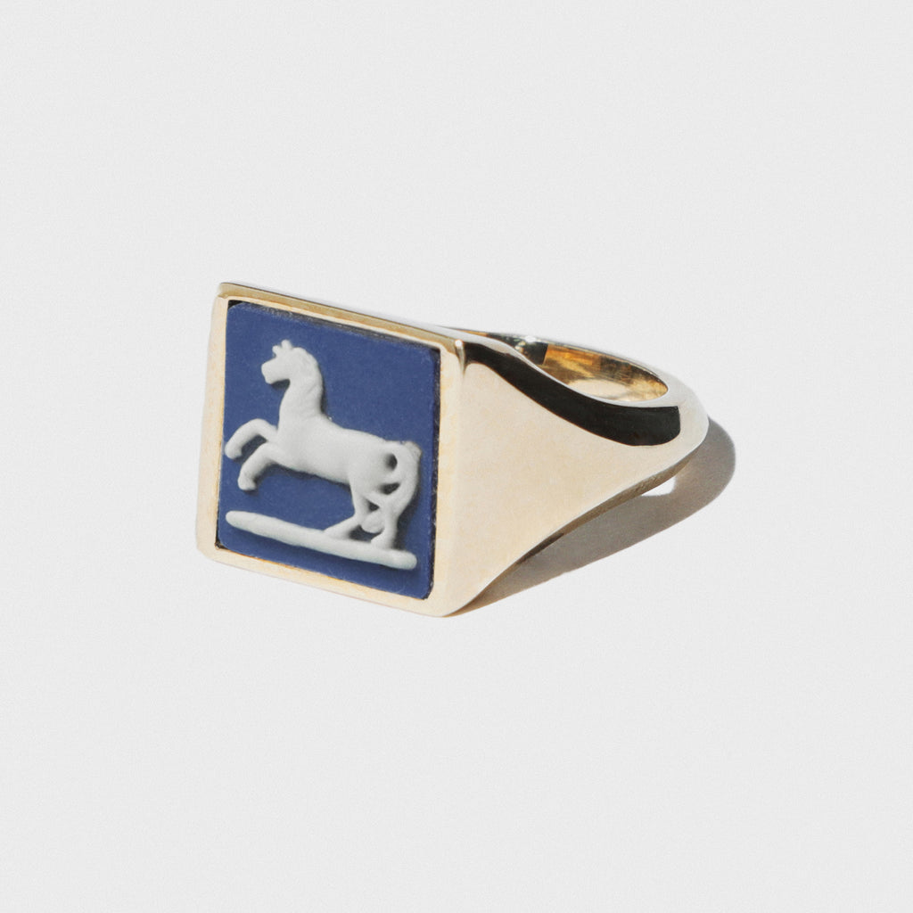 WEDGWOOD PORTLAND BLUE SQUARE SIGNET RING