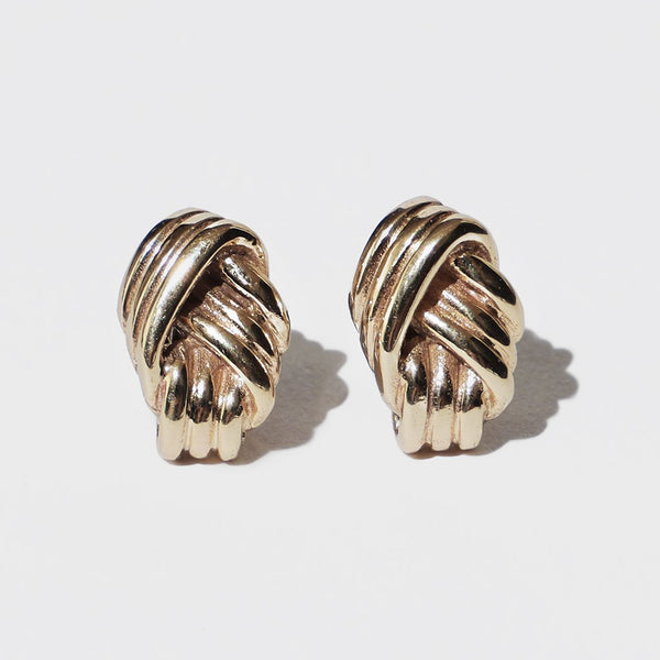 LOVERS KNOT STUD EARRINGS GOLD