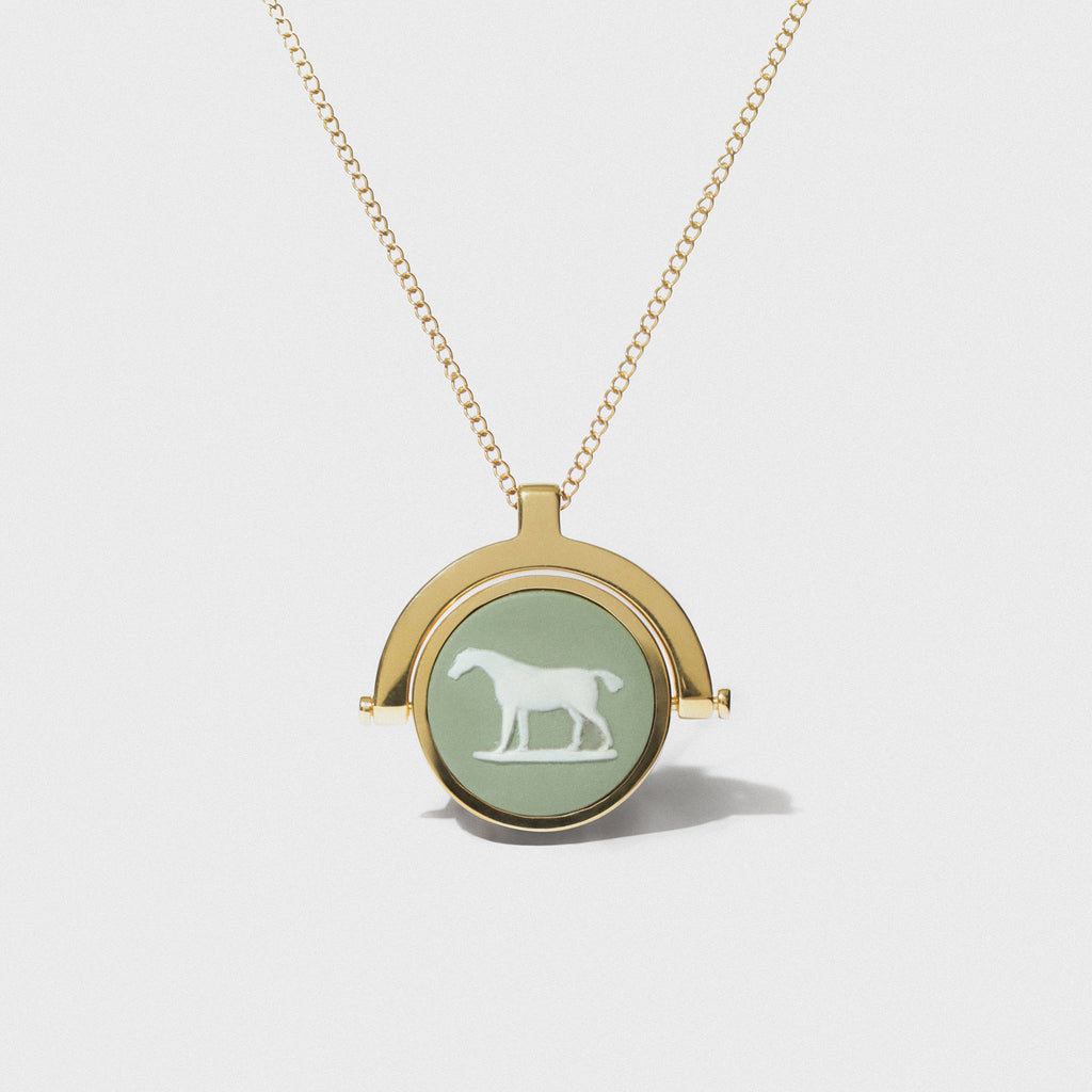 WEDGWOOD STUBBS SAGE/WHITE HORSE SWIVEL FOB NECKLACE