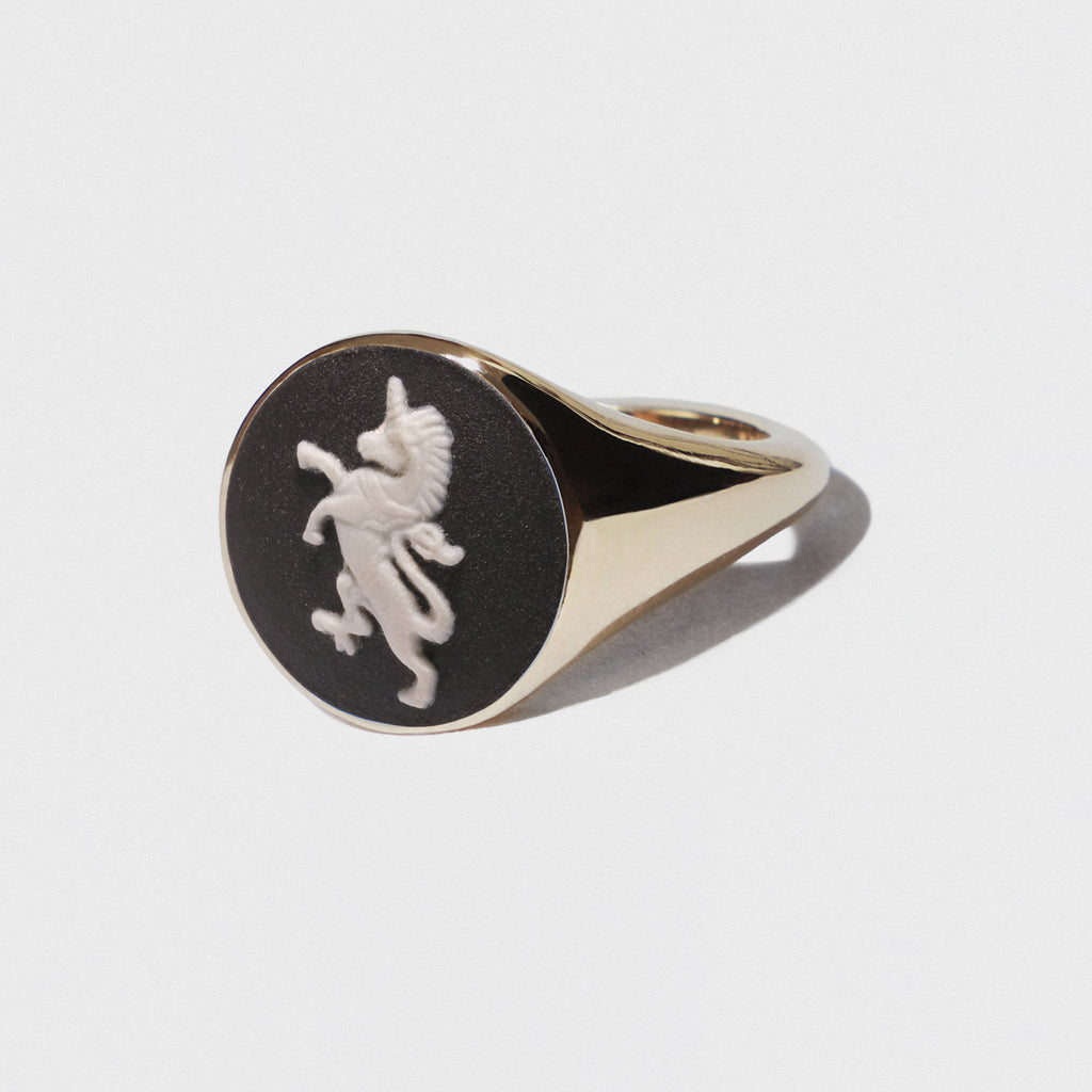 WEDGWOOD BLACK UNICORN SIGNET RING