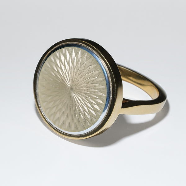 WHITE GLASS ENAMEL GOLD RING