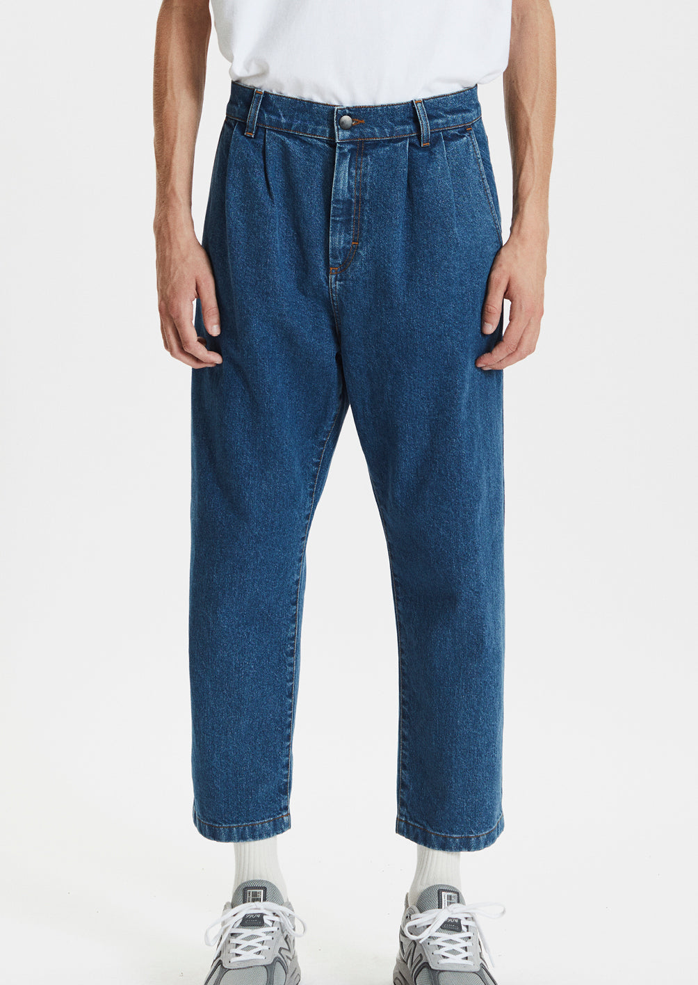 CROPPED JEANS - WASHED BLUE