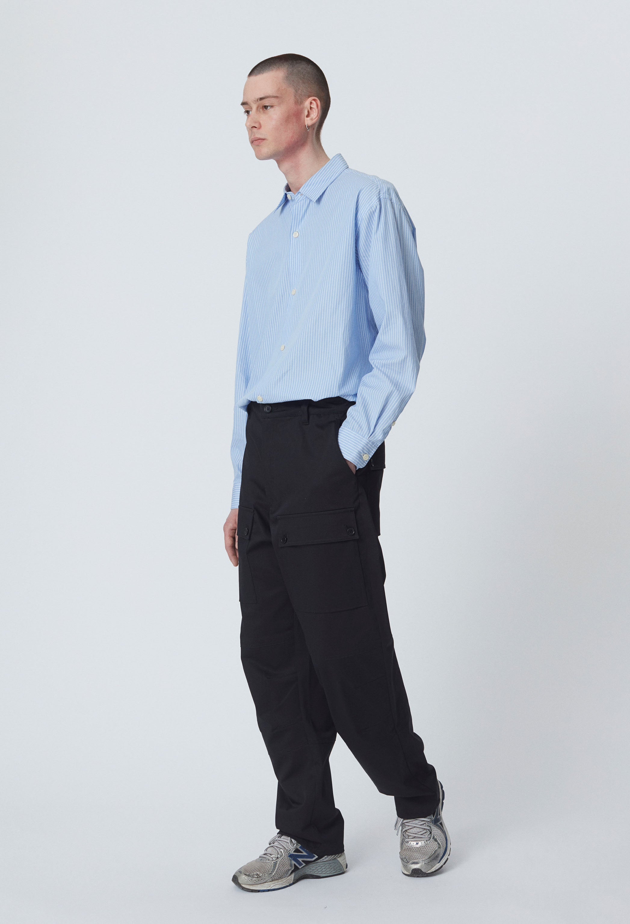 INDUSTRY TROUSERS - BLACK