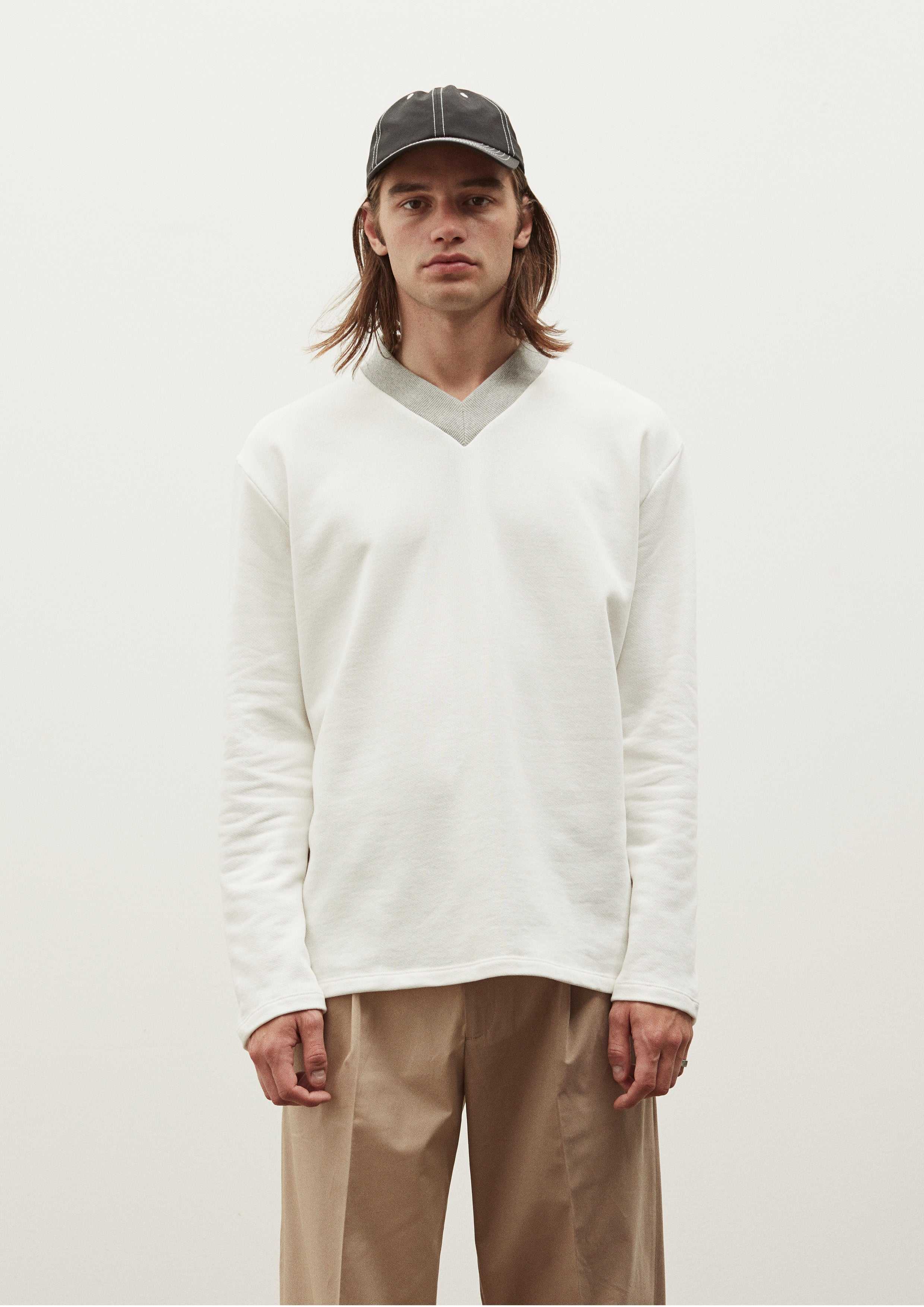 LS V SWEATER - OFF WHITE