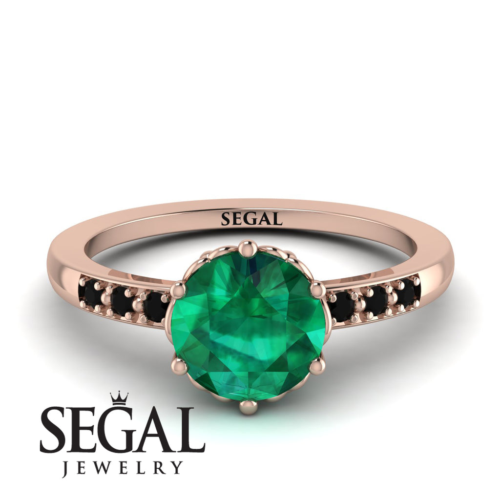 Classic_Emerald_Vintage_Ring_2.jpg