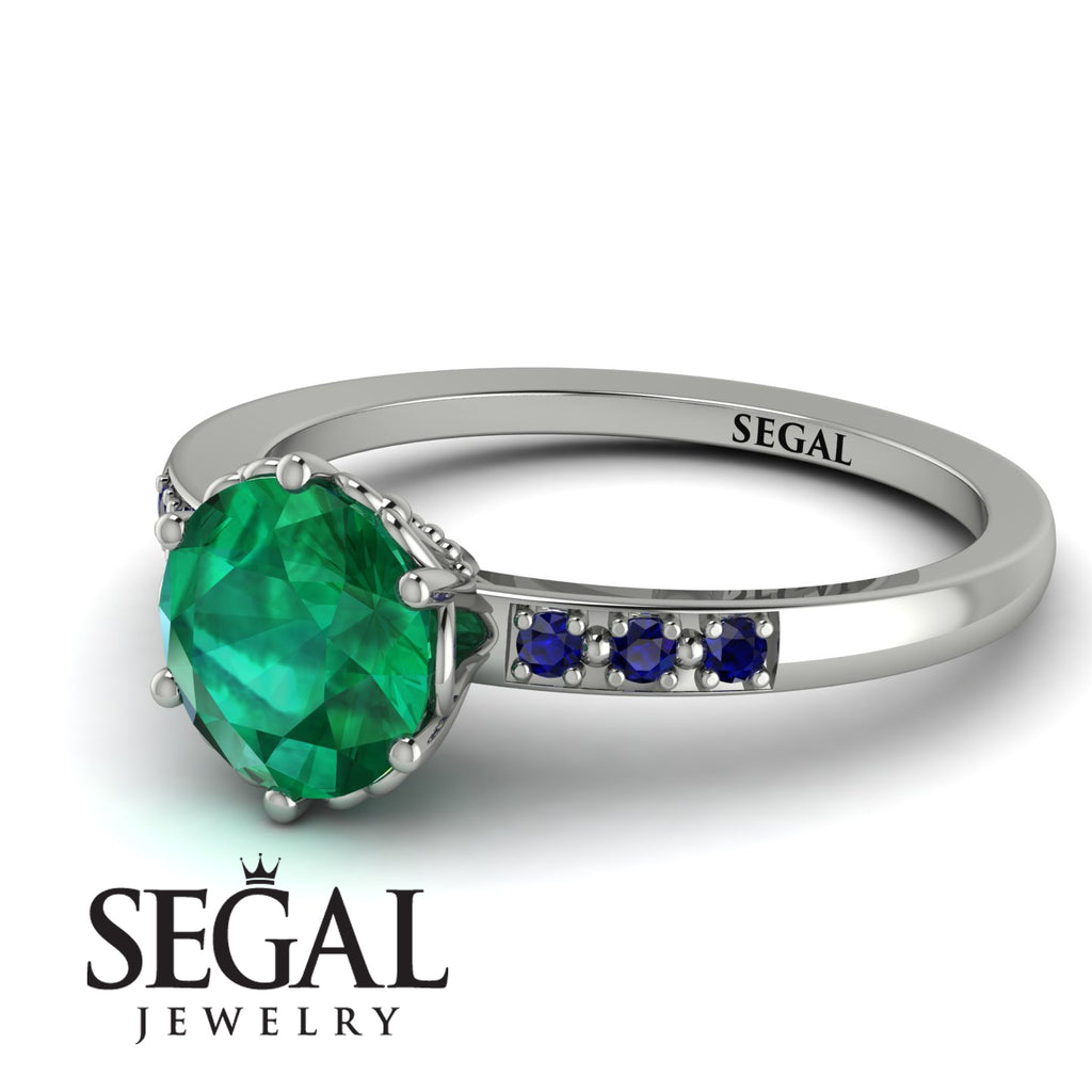 Classic_Emerald_Vintage_Ring_3.jpg