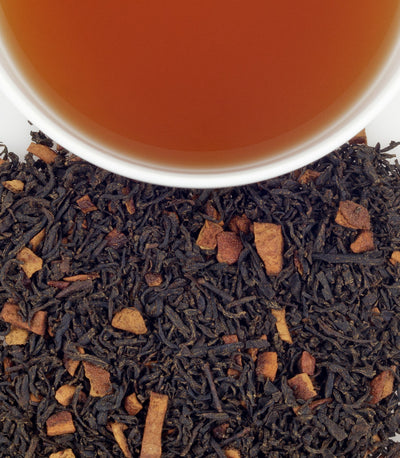 black tea leaves with pieces of cinnamon