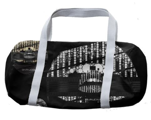 Divalicious Bling Lips Duffle Bag