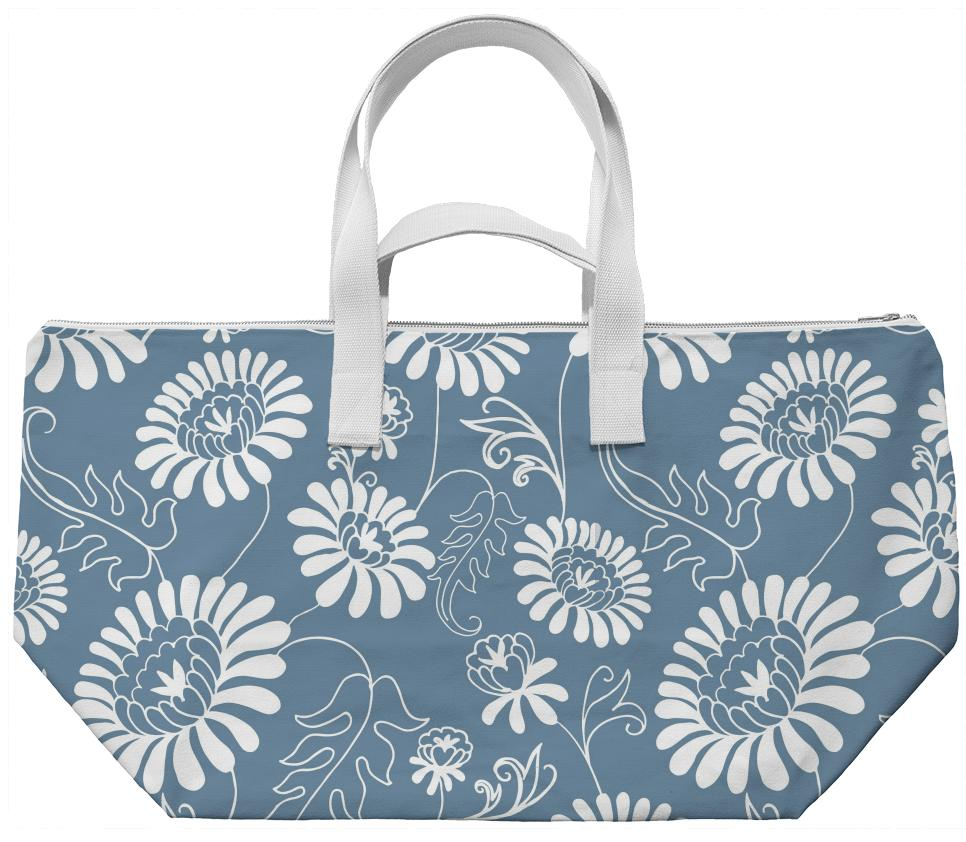 Vintage flowers on light blue