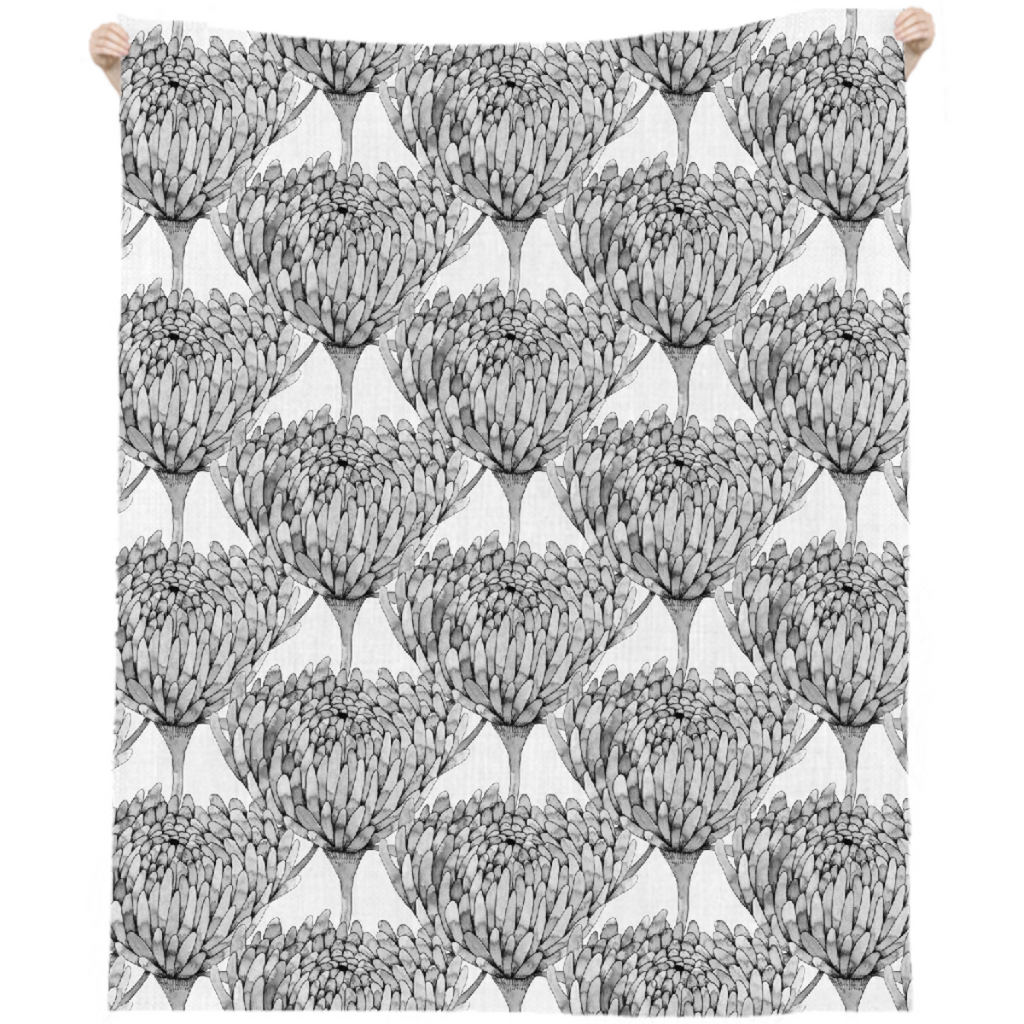 Chrysanthemum Crowd Linen Beach Throw