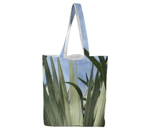 BISMARCK PALM TOTE BAG