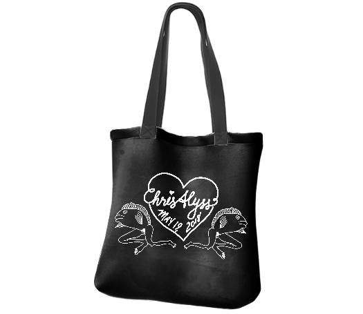 chrisalyss tote in black