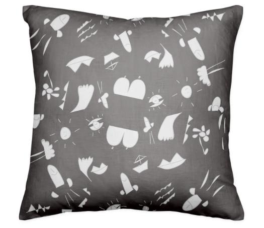 Tout le monde black pillow pattern 1