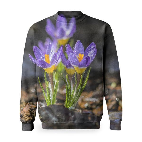 Selective Focus Photo Of Purple Petaled Flower With Water Droplet On Daytime Basic Sweatshirt