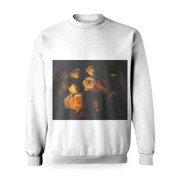 White And Red Roses Basic Sweatshirt