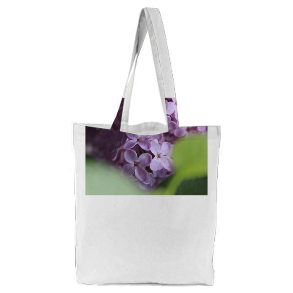 Selective Focus Of Purple Flowers Tote Bag