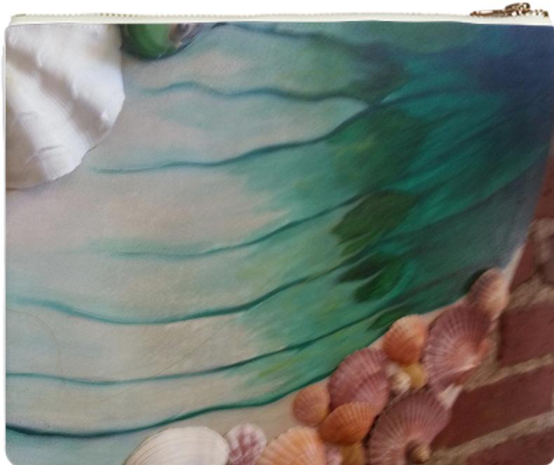 Clutch a Painting with Shells