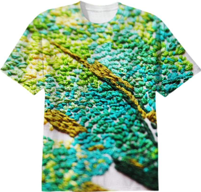 emboidered tee