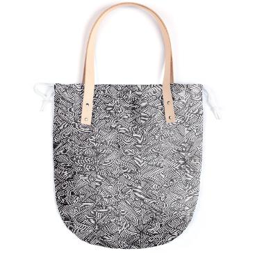 Raw Pattern Summer Tote