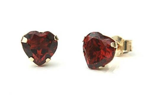 9ct Yellow Gold Heart Shape Garnet Stud earrings