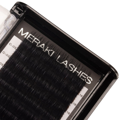 .03 Volume Lashes Mixed Length