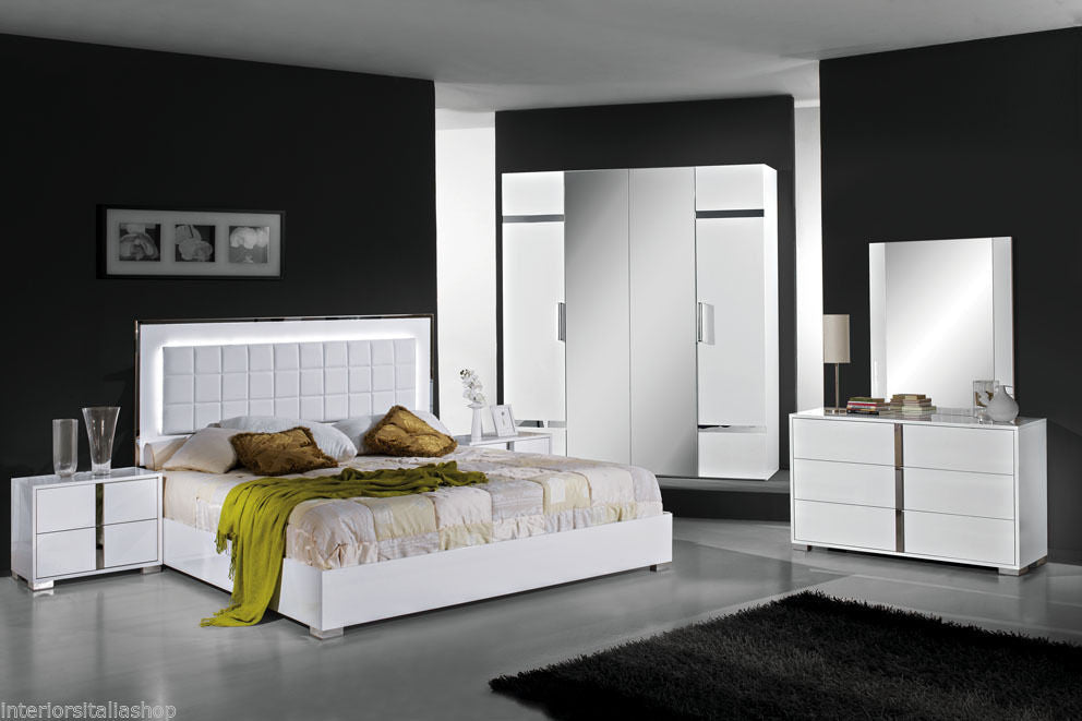 Italian High Gloss White Or Grey Premium Quality Complete Bedroom Sets Made  In Italy