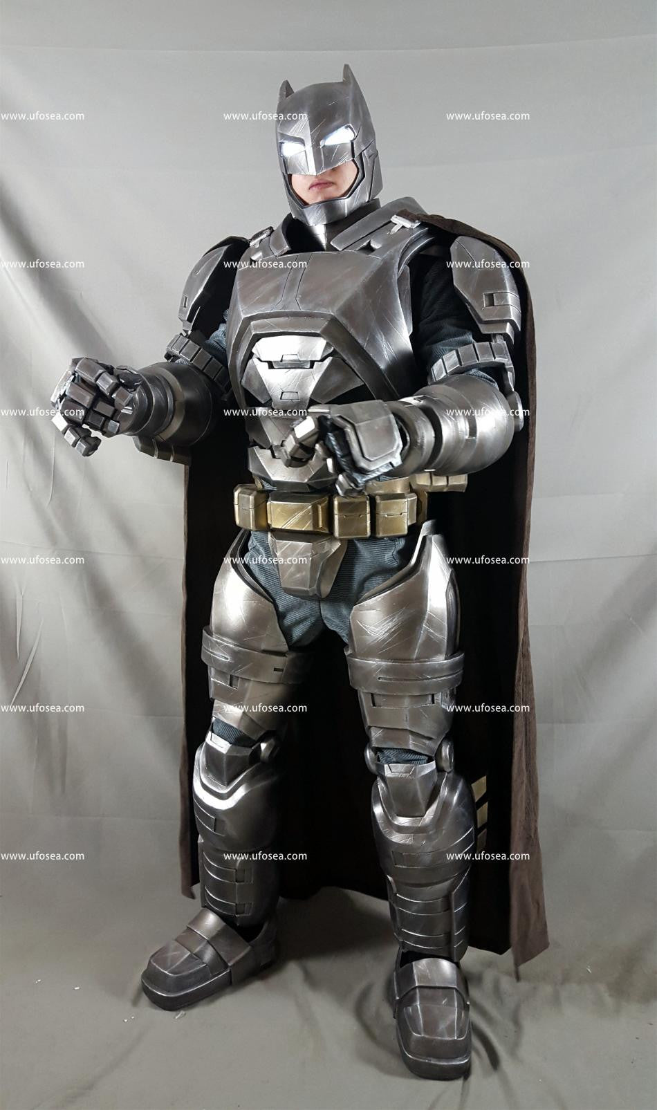 Batman v Superman Dawn of Justice Armor Batman Armor Reloaded Armor