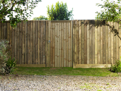 Mending A Storm Damaged Timber Fence