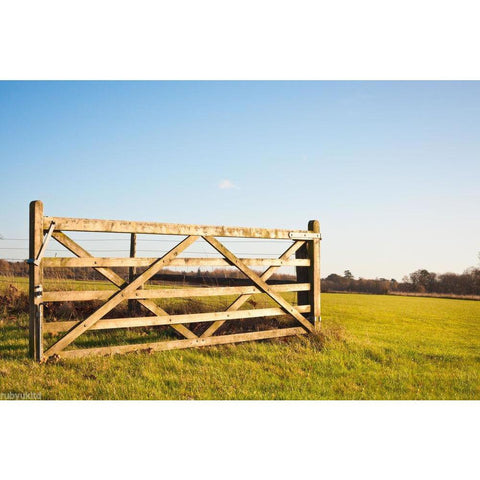 Diamond Brace Wooden Field Gates - Various Sizes
