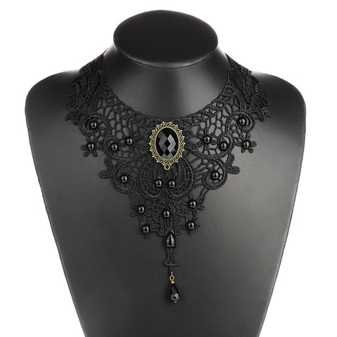 Short Old English Choker