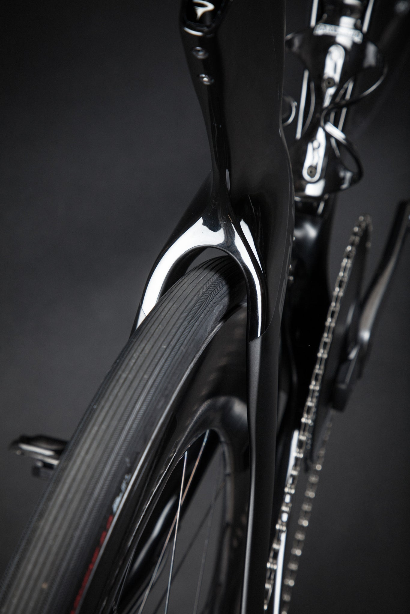 A Blacked Out Pinarello Bolide Gallery wheel rear stays