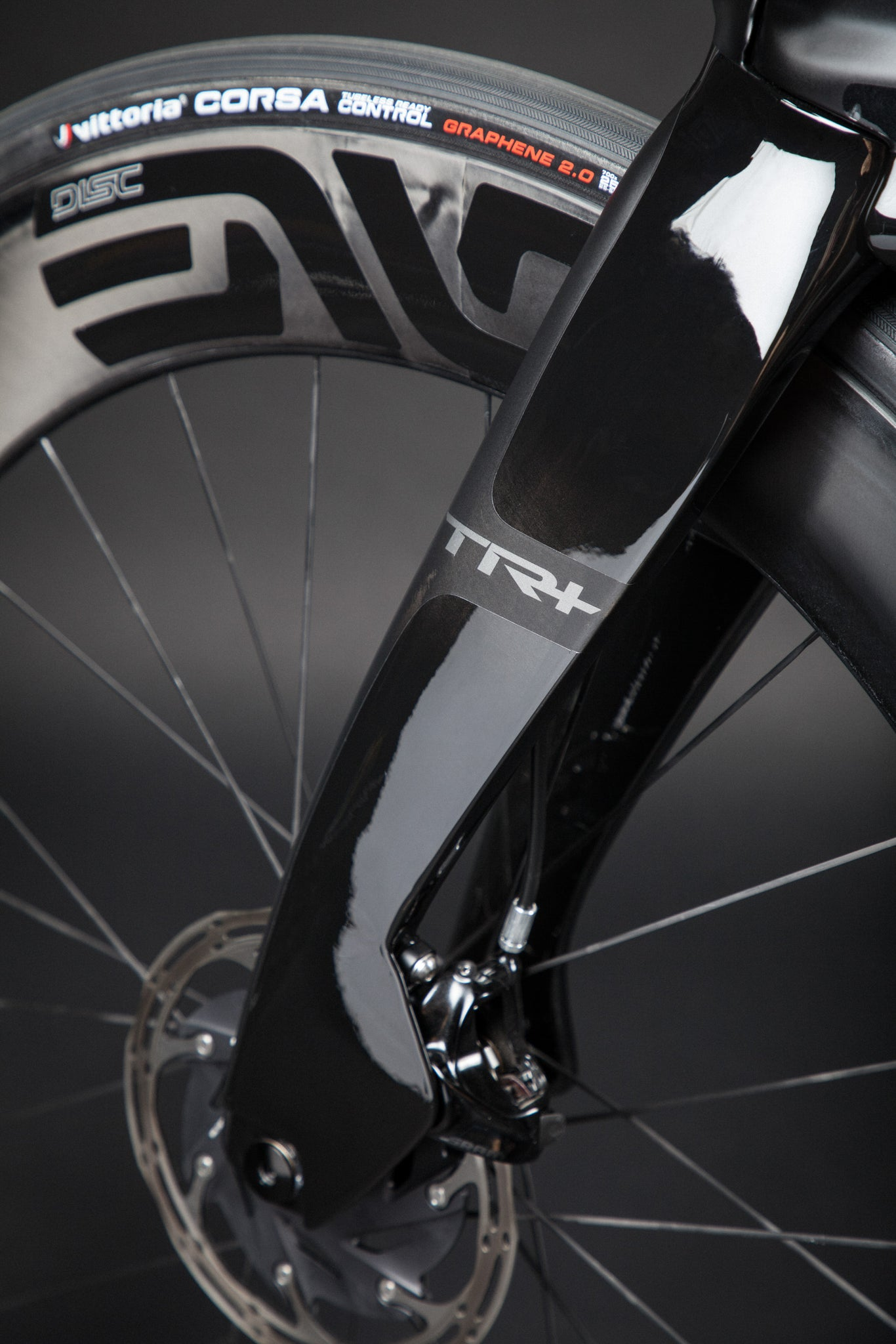 A Blacked Out Pinarello Bolide Gallery TR fork