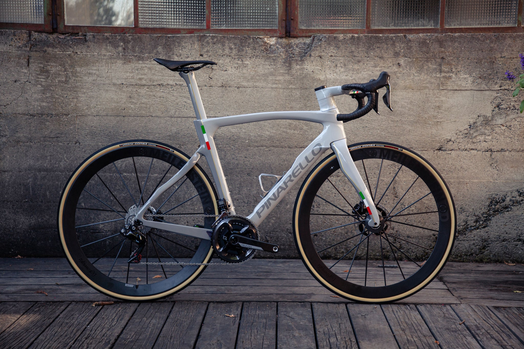 pianrello dogma f12 custom paint velocolour 1