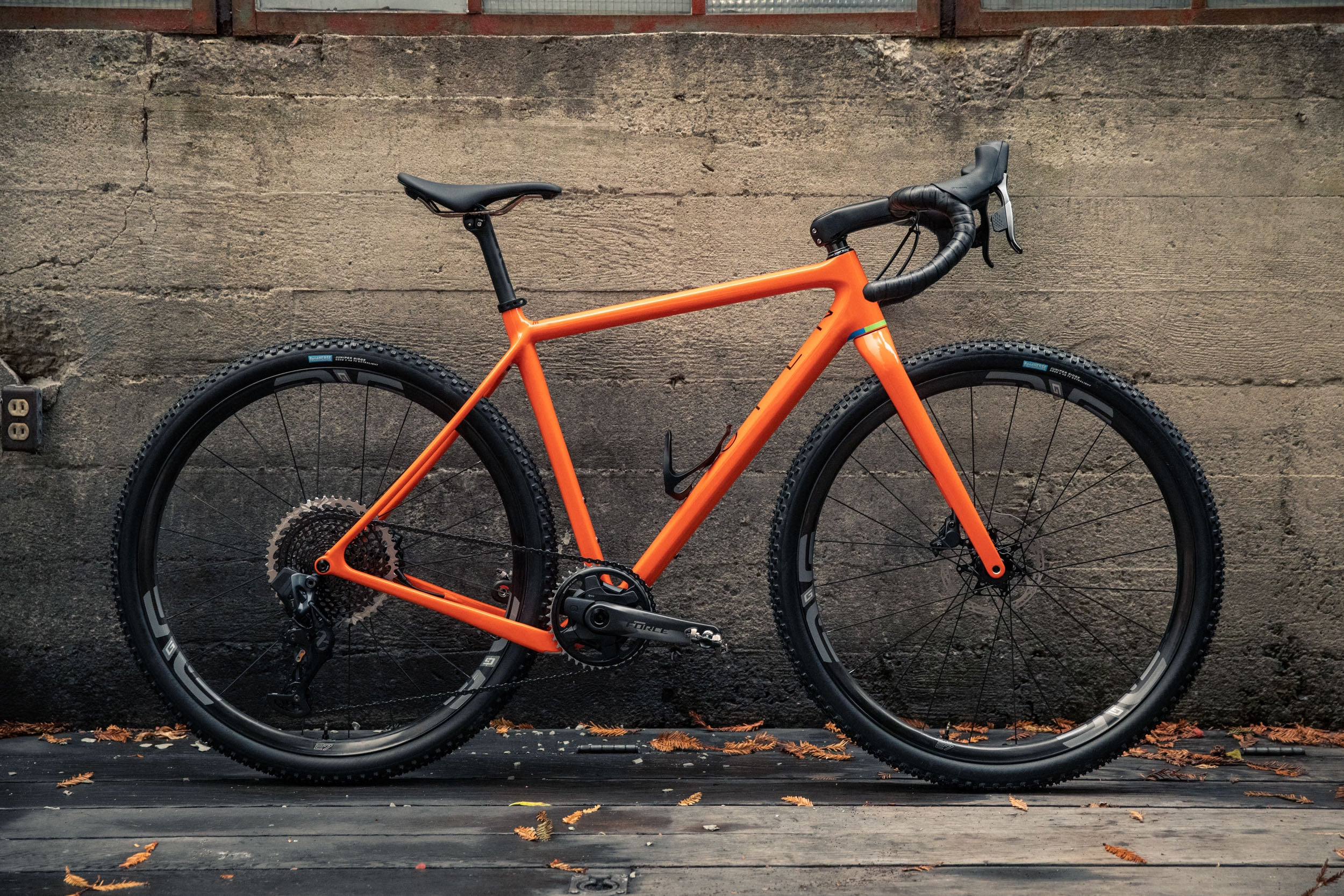 Open WIde orange sram AXS Enve