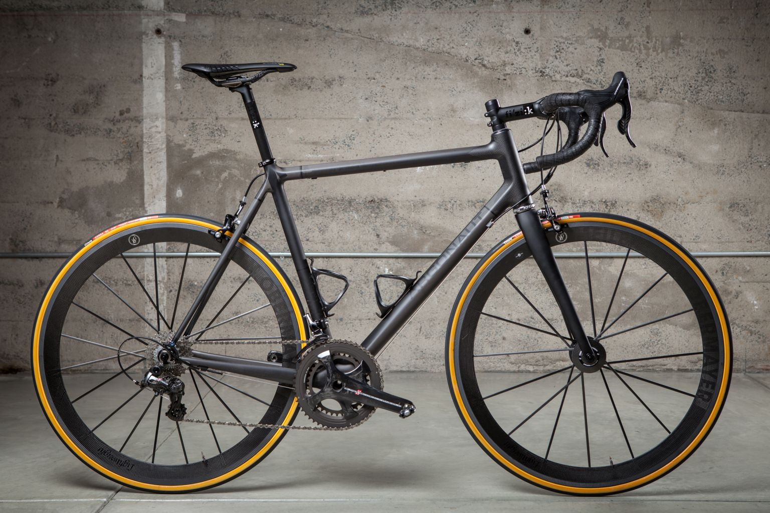 argonaut custom carbon bike profile